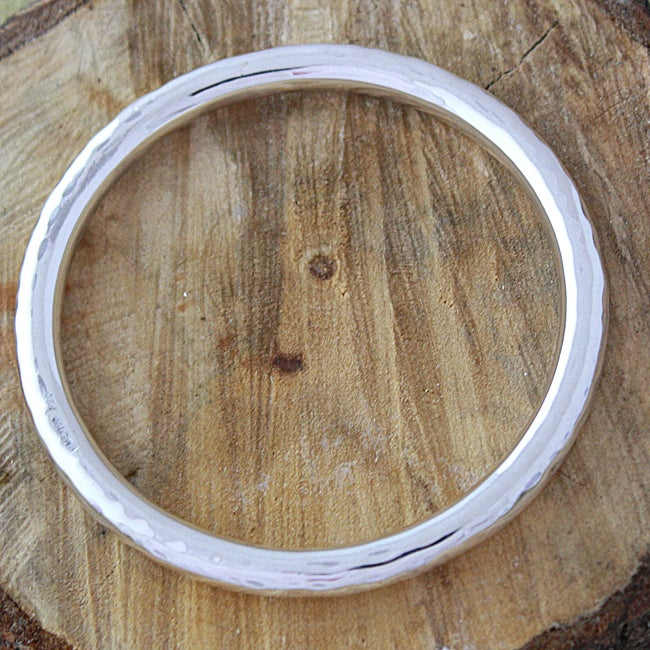 Sterling Silver Hammered Round Bangle Bracelet (Mexico)