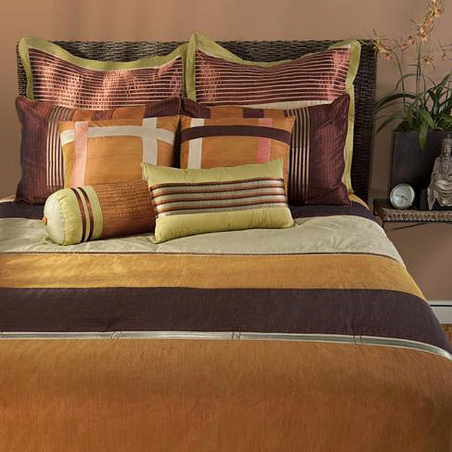 Rizzy Home Kingston California King-size 11-piece Duvet Cover Set with Insert