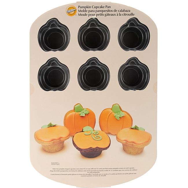 Wilton 12-cavity Nonstick Halloween Pumpkin Crown Mold Baking Pan