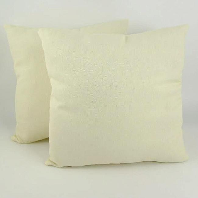 Fantasy 18-inch Throw Pillows (Set of 2)