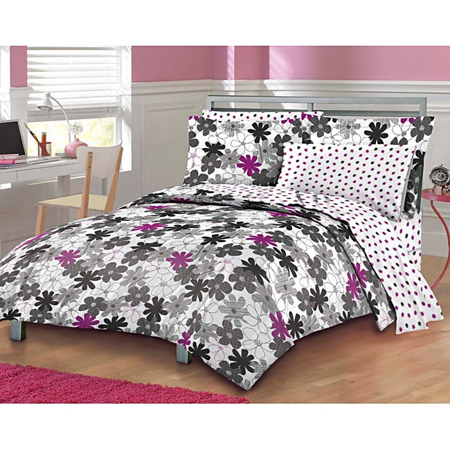 Graphic Daisy 7-piece Queen-size Bed in a Bag with Sheet Set