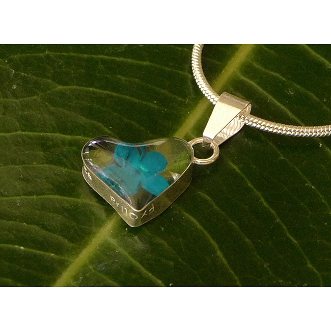 Sterling Silver Miniature Turquoise Flower Tiny Heart Necklace (Mexico)