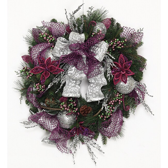 reative Design Group Traditional Holiday Wreath