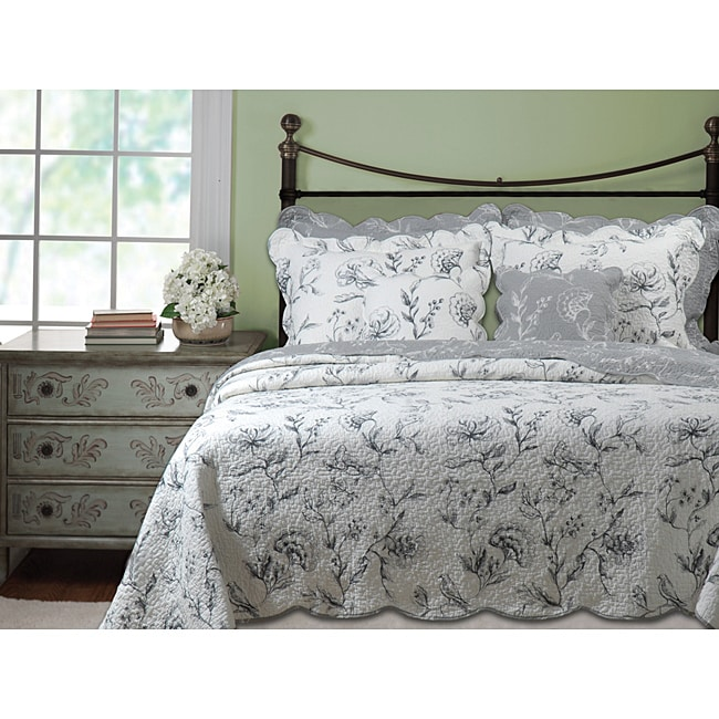 Greenland Home Fashions Paloma Grey / Ivory Oversized 3-piece Quilt Set
