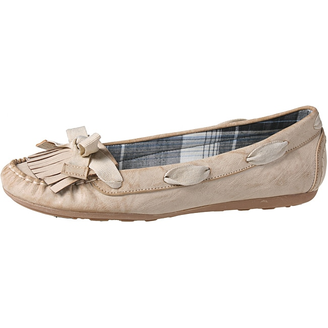 Refresh by Beston Women's 'ALLEN-02' Beige Fringed Flats
