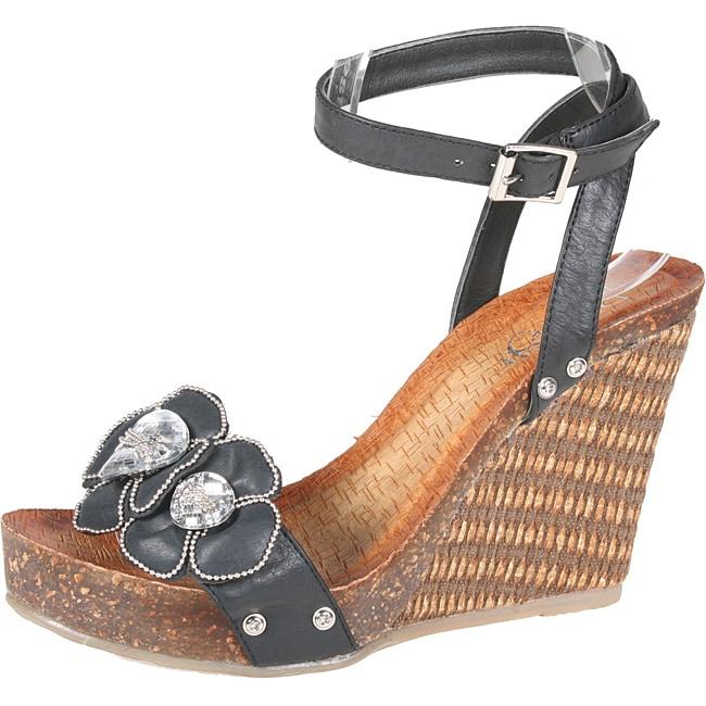 Refresh by Beston Women's 'Shania-03' Black Platform Wedge Sandals