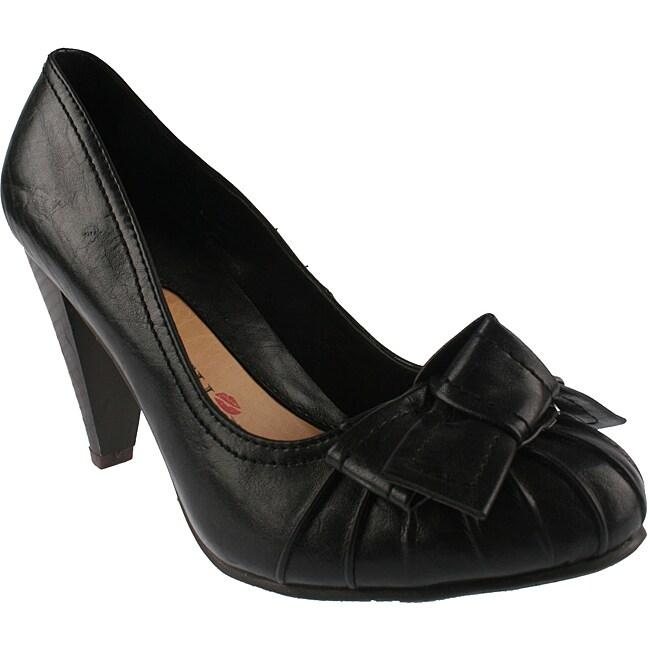 Elegant by Beston Women's 'Medina-2' Black Bow Pumps