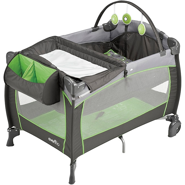 Evenflo BabySuite 300 Portable Playard in Pinwheel