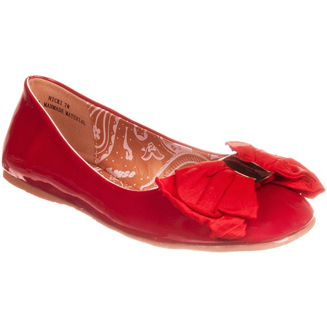 Riverberry Women's 'Nicki' Bow-detail Red Patent Ballet Flat