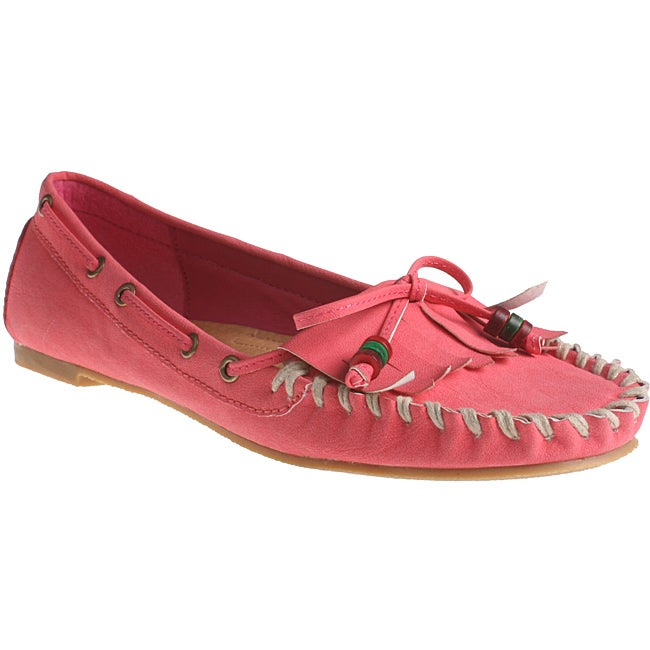 Refresh by Beston Women's 'Bonita' Fuchsia Slip-on Loafers