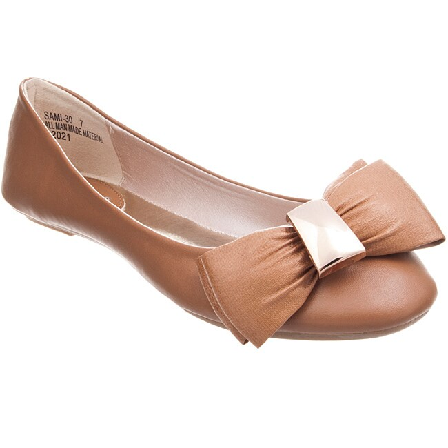 Riverberry Women's 'Sami' Natural Bow-front Ballet Flats