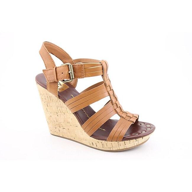 Dolce Vita Women's Shellie Bronze Sandals
