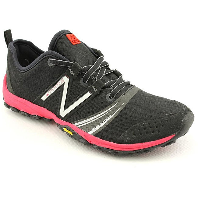 New Balance Women's WT20 Minimus Black Athletic
