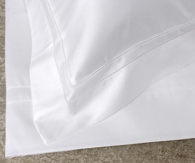 Frette White 600 Thread Count Queen Sheet Set