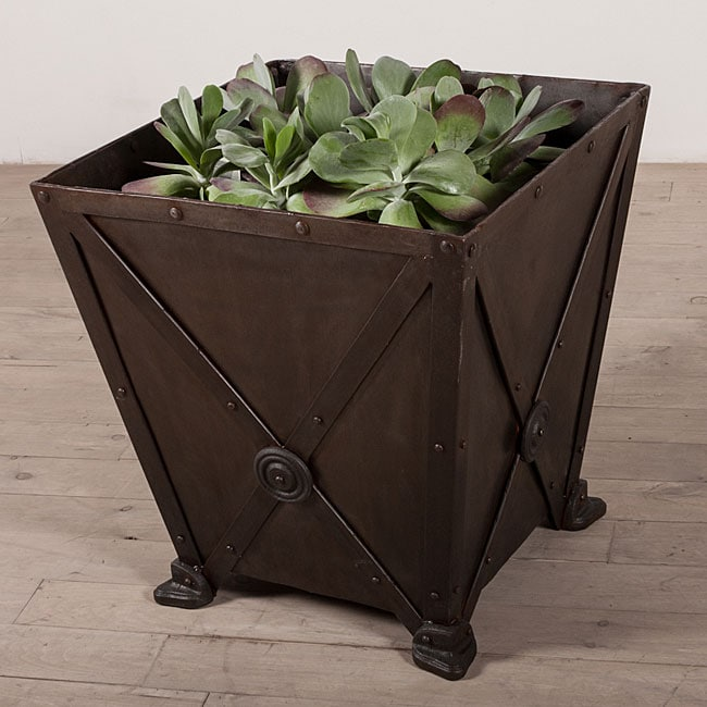 Mukundgarh Square Planter (India)