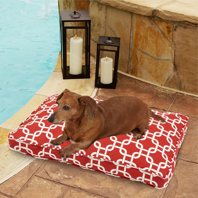 Sweet Dreams Indoor/ Outdoor Chain link Red Pet Bed - Thumbnail 0