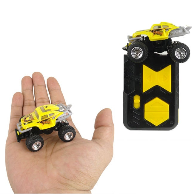 Air Hogs Yellow Bug Thunder Trucks Electric Micro IR R/C Car