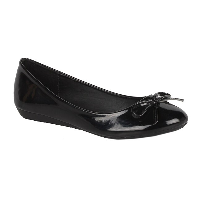 Modesta by Beston Women's 'Jade-12' Black Patent Flats