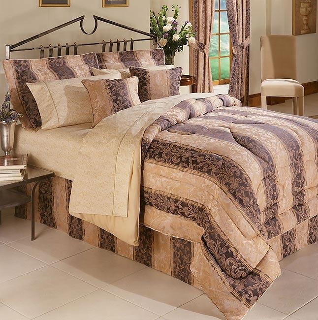 Stratton Comforter Set