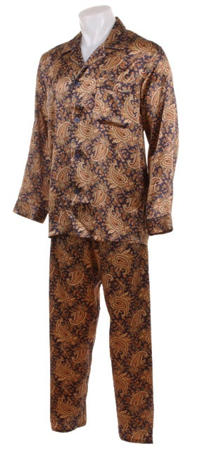 Pure cotton paisley print pyjamas with a choice of cord tie or elasticated waist fastenings. Gently shaped collar and single breast pocket on pyjama top. These pyjamas will keep you fresh and comfortable all .