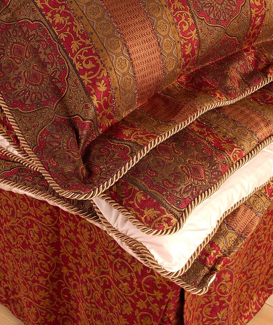 Rennaissance Red Luxury Comforter Set
