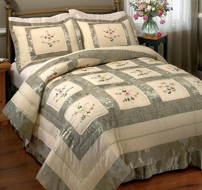 Jacquard Ribbon Comforter Set