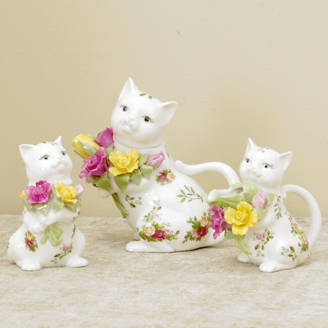 Royal Doulton Old Country Rose 3-piece Kitten Tea Set