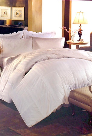 European 330 Thread Count White Goose Down Comforter - Thumbnail 0