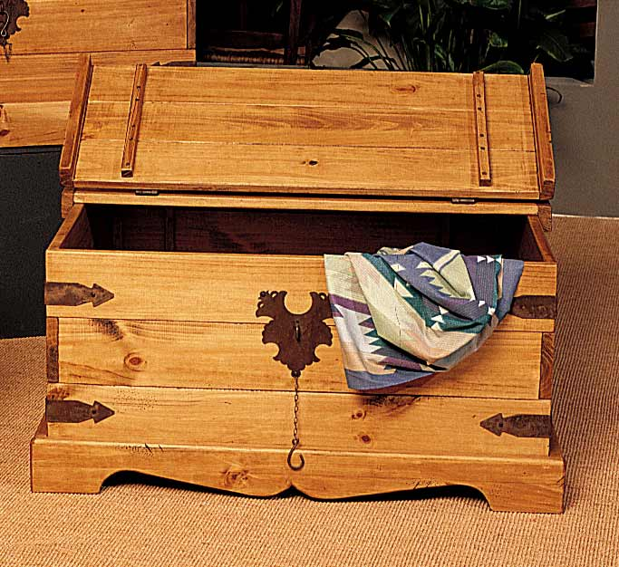 Trunk Coffee Table Pine: Santa Fe Large Pine Storage Coffee Table
