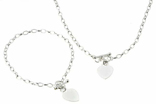 Journee Sterling Silver Heart Toggle Bracelet/ Necklace Set