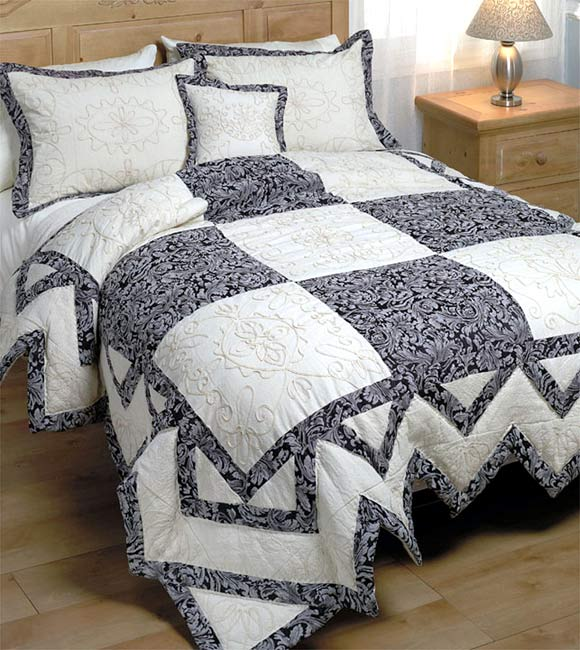 Tapestry Braid Comforter Set - Thumbnail 0