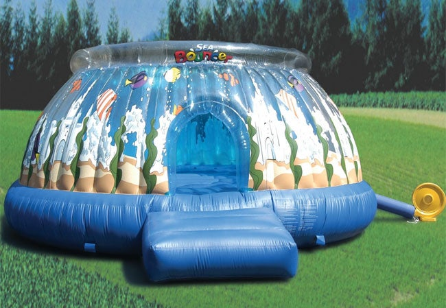 Round 13-ft Inflatable Bounce House