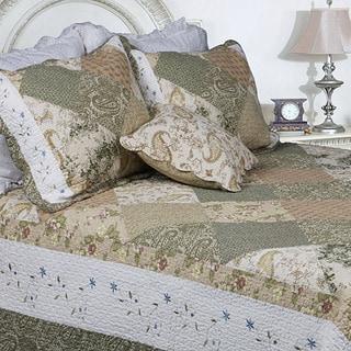 Laura Patchwork Full/ Queen-size 3-piece Quilt Set