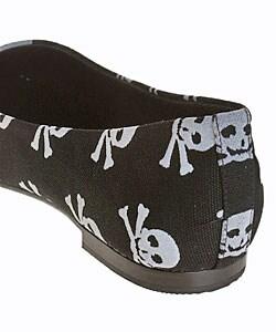 MIA Courtney Women's Flat Skull Shoes