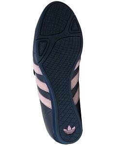 Cuarto Final Mentalmente  Shop Adidas Okapi 2 VC Women's Track Shoes - Overstock - 2541252