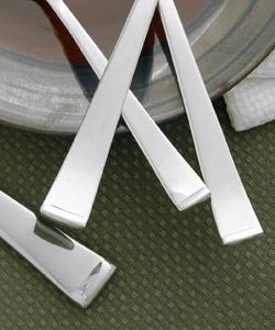 Wallace Julienne Stainless Steel Flatware Set (45-piece) - Thumbnail 1