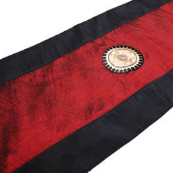 Red and Black Embroidered Sunflower Table Runner