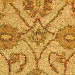 Safavieh Handmade Antiquities Kashan Ivory/ Beige Wool Runner (2'3 x 4') - Thumbnail 1