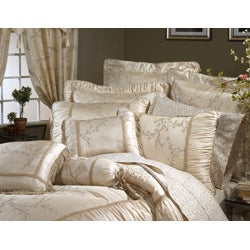 Grace Embroidered 4-piece Comforter Set - Thumbnail 1