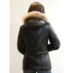 Izod Women's Plus Size New Zealand Lambskin Leather Puffer Jacket - Thumbnail 1