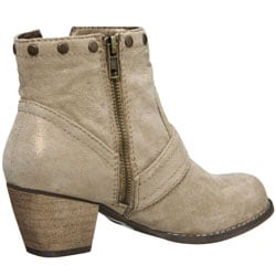 Gwyneth Women's 'Alba' Slip-on Ankle Boots - Thumbnail 1