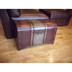 Old Fashioned Wood Storage Trunk Treasure Chest