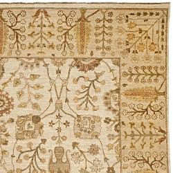 Pakistani Hand-knotted Peshawar Ivory/ Beige Wool Rug (8' x 10') - Thumbnail 1