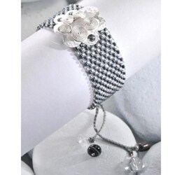 Sterling Small Silver Spiral Flower on Circles Bracelet (Colombia)