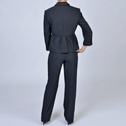 Signature by Larry Levine Women's 4-button Pleated Jacket Pant Suit