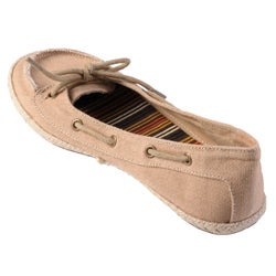 Journee Collection Women's 'Singing' Slip-on Boat Shoes - Thumbnail 1