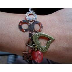 Vintage 'Key to My Heart' Carnelian Bracelet - Thumbnail 1