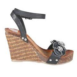 Refresh by Beston Women's 'Shania-03' Black Platform Wedge Sandals - Thumbnail 1