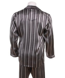 The boys hatch a plan for Bruno to dress up in pajamas and help Shmuel find his dad before he leaves Auschwitz on Saturday. The next day, Friday, Bruno goes to the fence. He changes into his striped pajamas, leaves his things on his side and crawls under the fence.