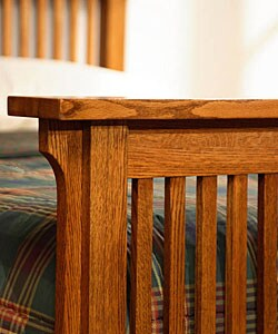 Mission Solid Oak Queen-size Spindle Bed - Thumbnail 2
